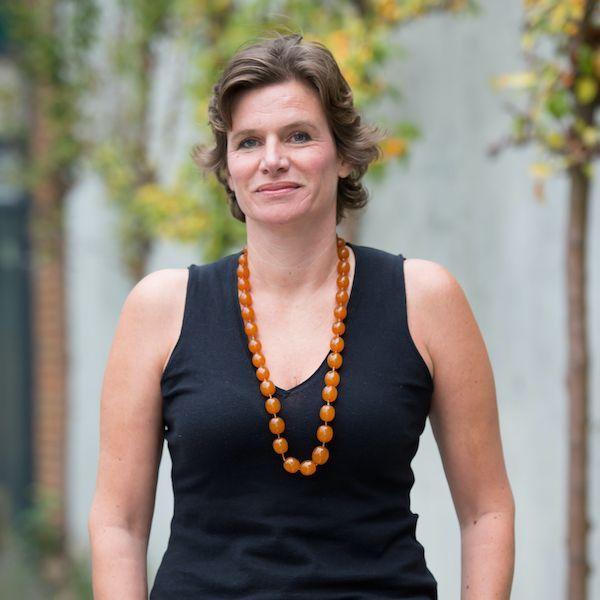 Mariana Mazzucato Conferencista Economía | Aurum Bureau